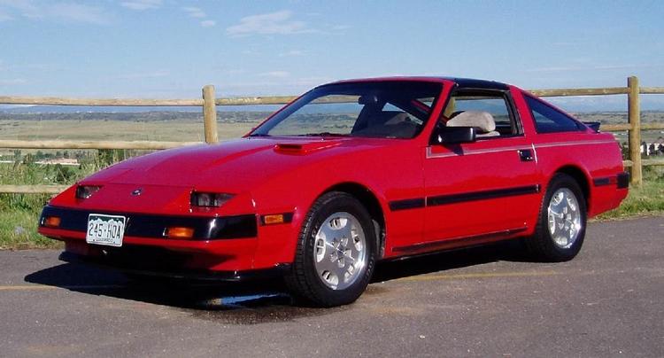300 ZX - version ett.. Liten antydan till inspiration från den tidens Pontiac TransAm - känd från TV-serien Knight Rider).