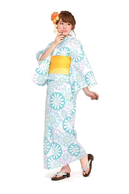 Yukata är en billig och bekväm kimono i bomull för varma sommardagar.  Foto: Sobien