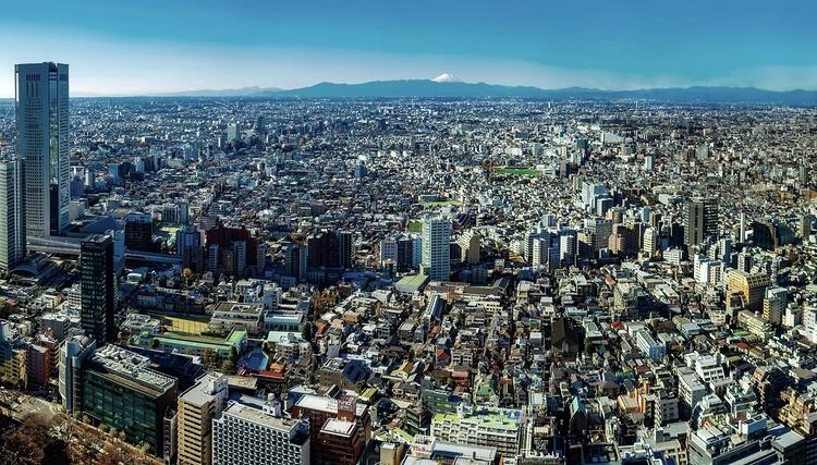 Tokyo - en gigantisk meropol med nästan fyra gånger så många människor som i hela Sverige - men ändå världens säkraste stad. Foto: Public Domain