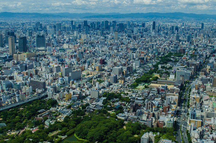 Osaka är förvisso mindre än Tokyo, men den karamellen går att suga på länge, även den. Dessutom nära till Kyoto, Kobe och Nara. Foto:  Creative Commons Attribution-Share Alike 4.0 International license