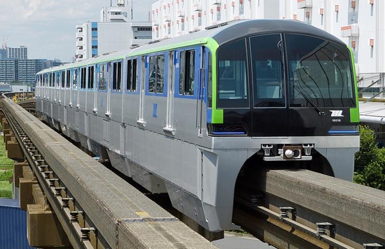 Tokyos monorail-linje är ett av alternativen när man vill ta sig mellan Haneda flygplats och centrala Tokyo. På vägen stannar tåget bland annat vid Big Sight, Tokyos stora mässområde.  Foto: Nyohoho (Creative Commons license)