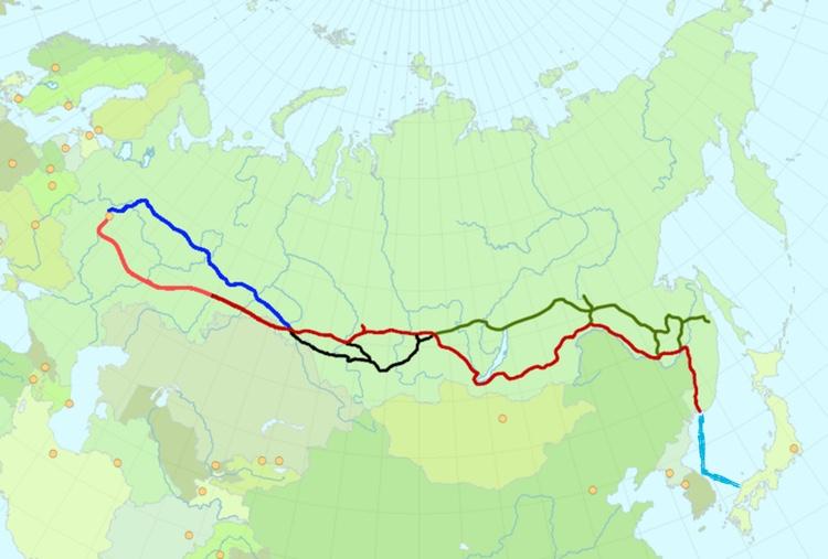 Den röda linjen är den sträckning på Transsibiriska järnvägen som tar dig till Vladivostok. Den ljusblålinjen är färjan som sedan tar dig till Tottori i Japan via Sydkorea. Som ni ser så är det faktiskt bara två länder mellan Sverige och Japan: Finland och Ryssland..  Bild: Public Domain