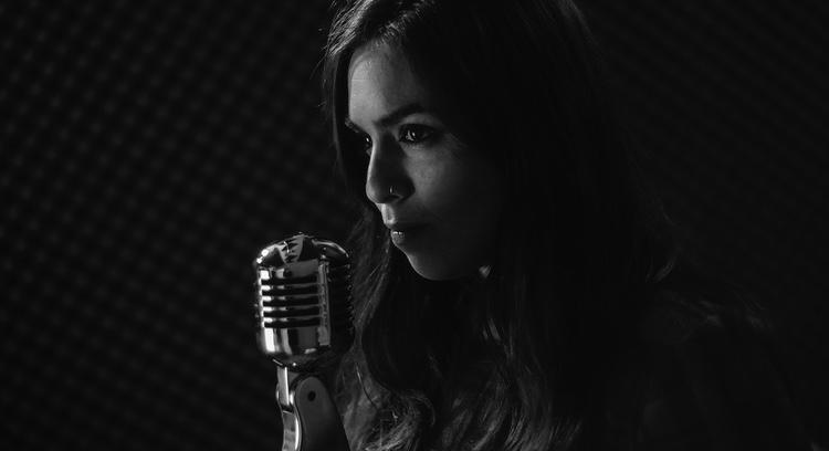 Snart kan sångaren ersättas med ett datorprogram..  Foto: Public Domain