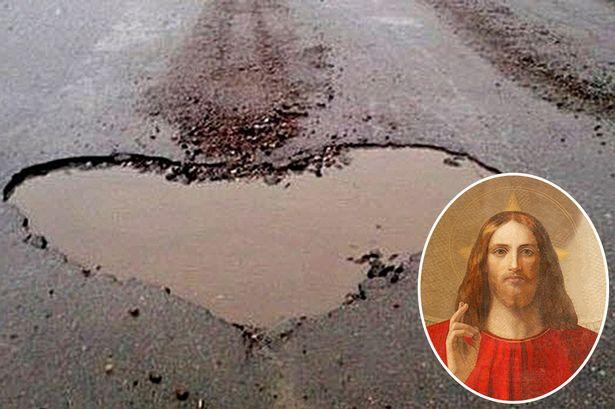 CEN-Jesus-heart.jpg