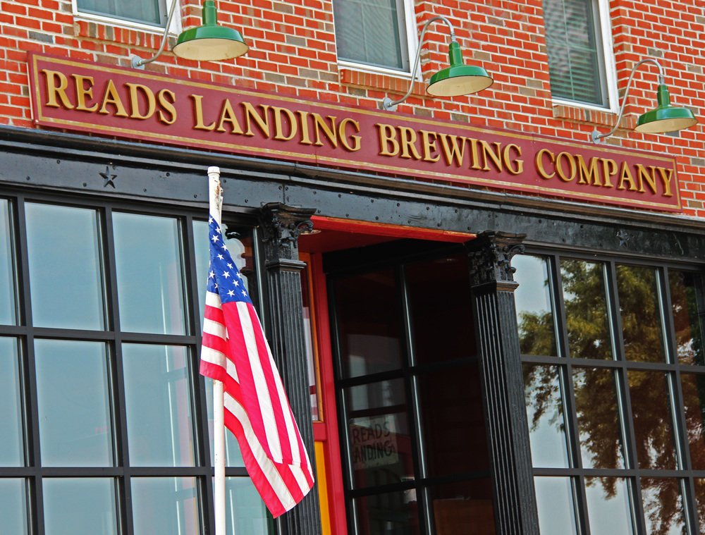 reads landing brewing.jpg