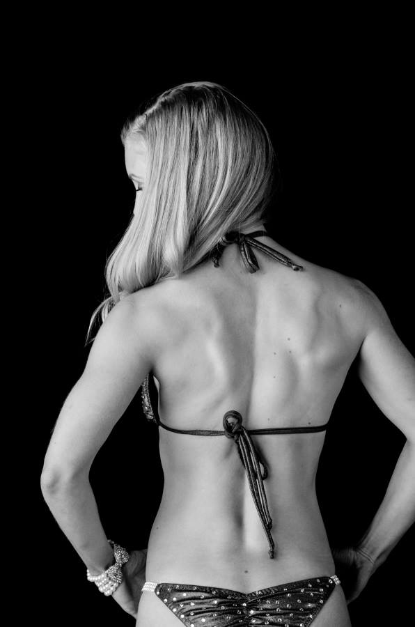 My back muscles I work so hard for, at 2% less body fat than current.   Photo Credit: Lavon Figueroa Photograpy @ lavonfigueroa.com