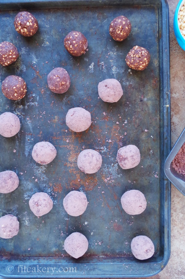 No-Bake Chocolate Power Truffles only taste sinfully delicious! - FitCakery.com