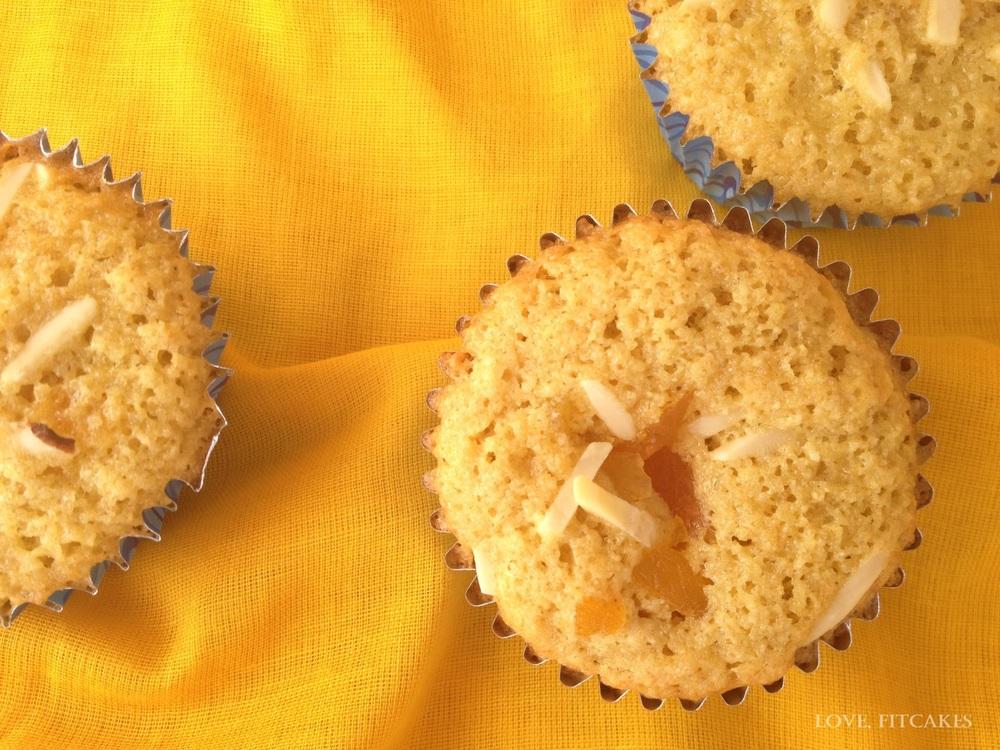Apricot-Almond Cakelets