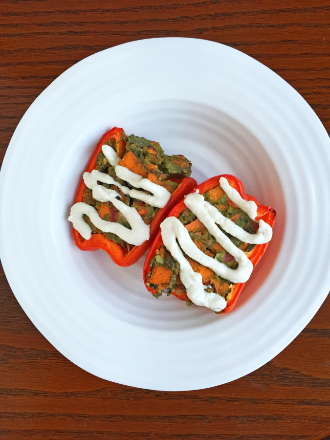 Sweet potato stuffed pepper with cashew cream - vegan, gluten-free - Fitcakery.com