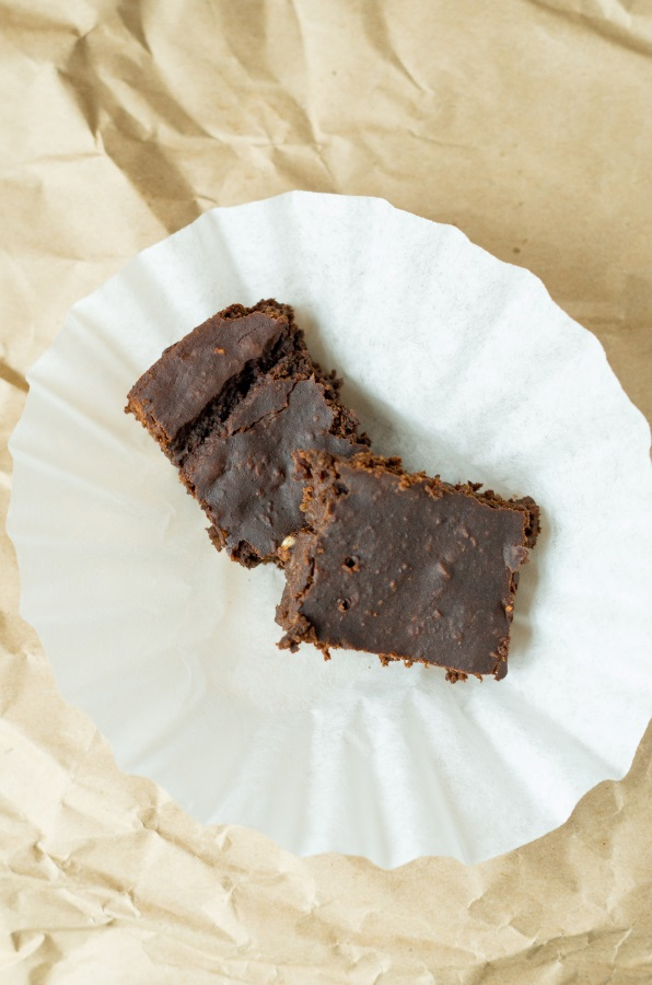 Leg Day Brownies recipe (gluten-free, vegan) | FitCakery.com