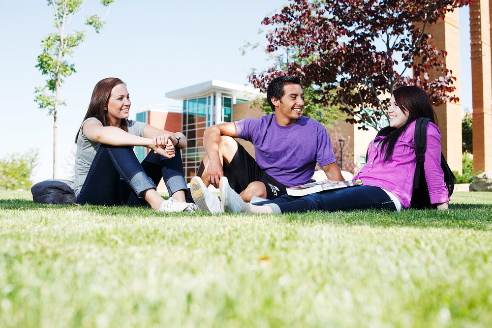 Gary, Emma and Emily on Grass at WSU