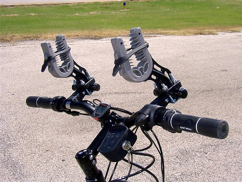 I just found this image of a gunrack on a bicycle, but couldn't work it in no matter how well it fit Seattle. Photo by Richard Masoner / Cyclelicious