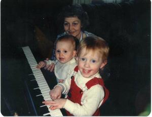 grandma, me, melissa.jpg