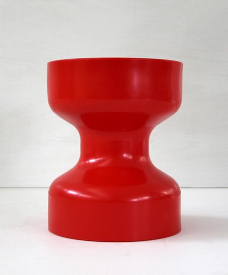korban flaubert_red tuff stool