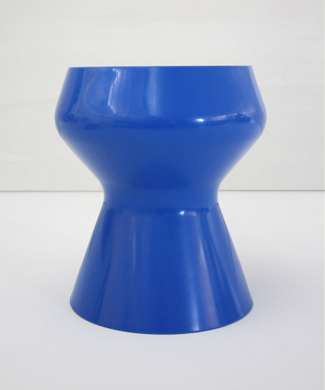 korban flaubert_dark blue swell stool