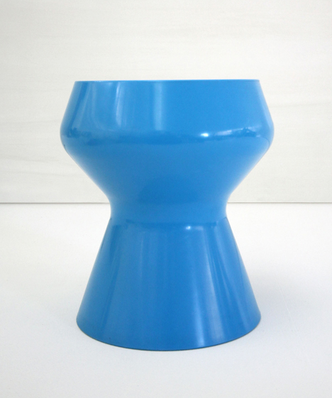 korban flaubert_light blue swell stool
