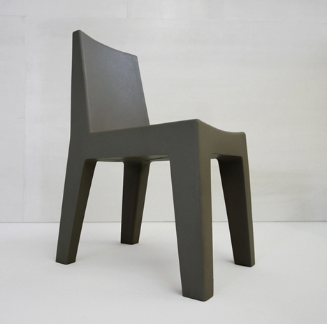 korban flaubert_charcoal mighty chair