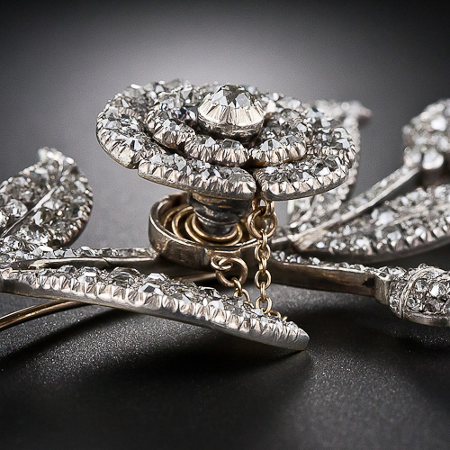 A Georgian-Era En Tremblant Diamond Flower Brooch