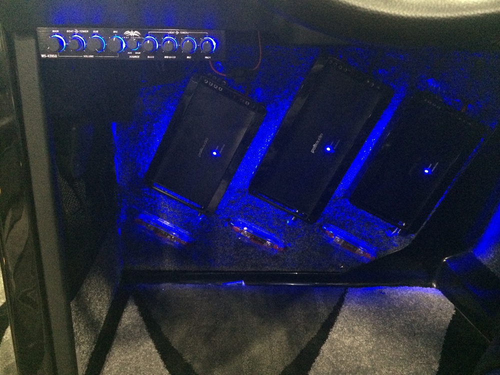 Blue LED 3 Polk Amps.JPG
