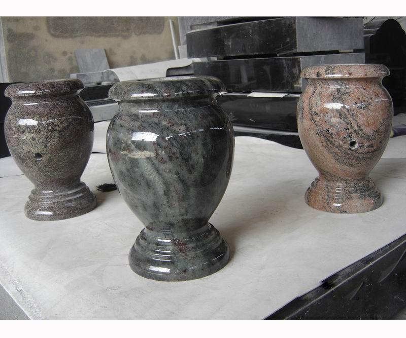 memorial_vase.jpg