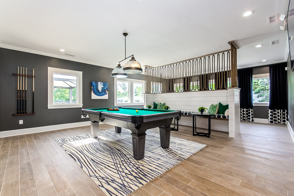 gardens-at-easton-clubhouse-pool-table
