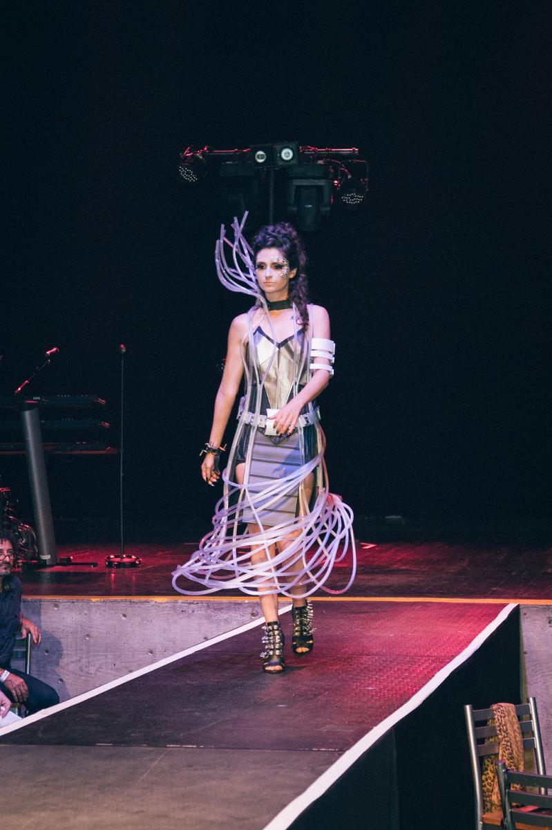 02.fashionshow017.jpg