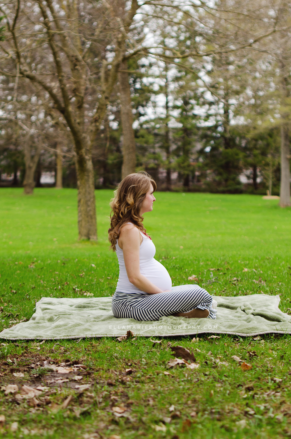 EllaMariePhotography_maternity_baby_infant_Baden_ON_New_Hamburg_Stratford_Waterloo_Kitchener_Guelph_Cambridge_Listowel_photographer_photography_14.jpg