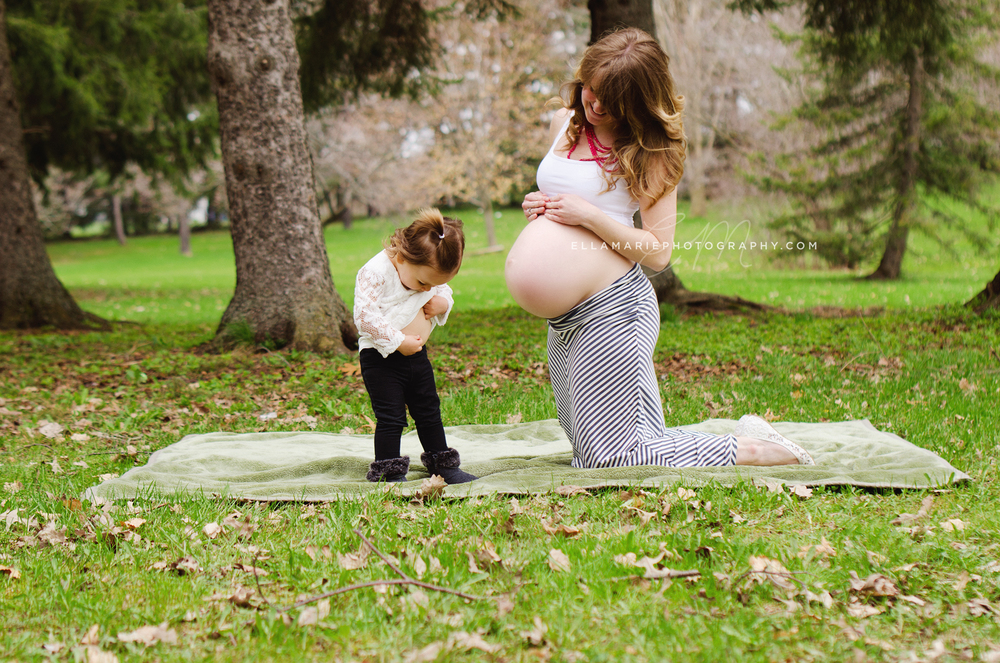 EllaMariePhotography_maternity_baby_infant_Baden_ON_New_Hamburg_Stratford_Waterloo_Kitchener_Guelph_Cambridge_Listowel_photographer_photography_22.jpg
