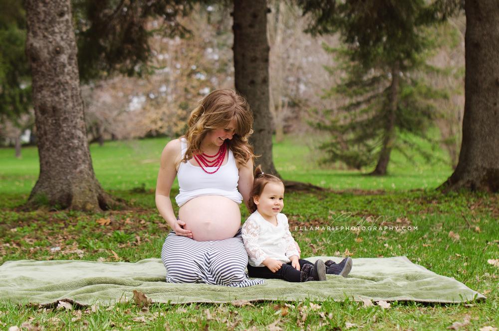 EllaMariePhotography_maternity_baby_infant_Baden_ON_New_Hamburg_Stratford_Waterloo_Kitchener_Guelph_Cambridge_Listowel_photographer_photography_24.jpg