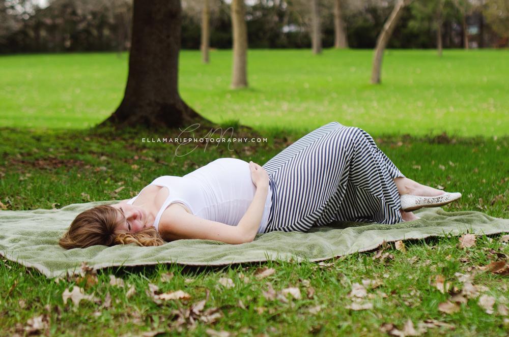 EllaMariePhotography_maternity_baby_infant_Baden_ON_New_Hamburg_Stratford_Waterloo_Kitchener_Guelph_Cambridge_Listowel_photographer_photography_34.jpg