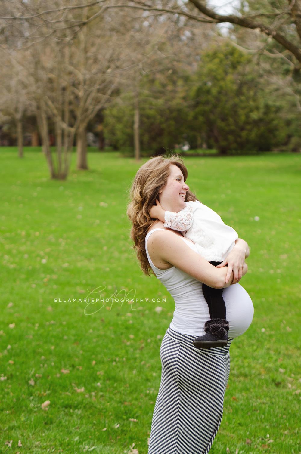 EllaMariePhotography_maternity_baby_infant_Baden_ON_New_Hamburg_Stratford_Waterloo_Kitchener_Guelph_Cambridge_Listowel_photographer_photography_35.jpg