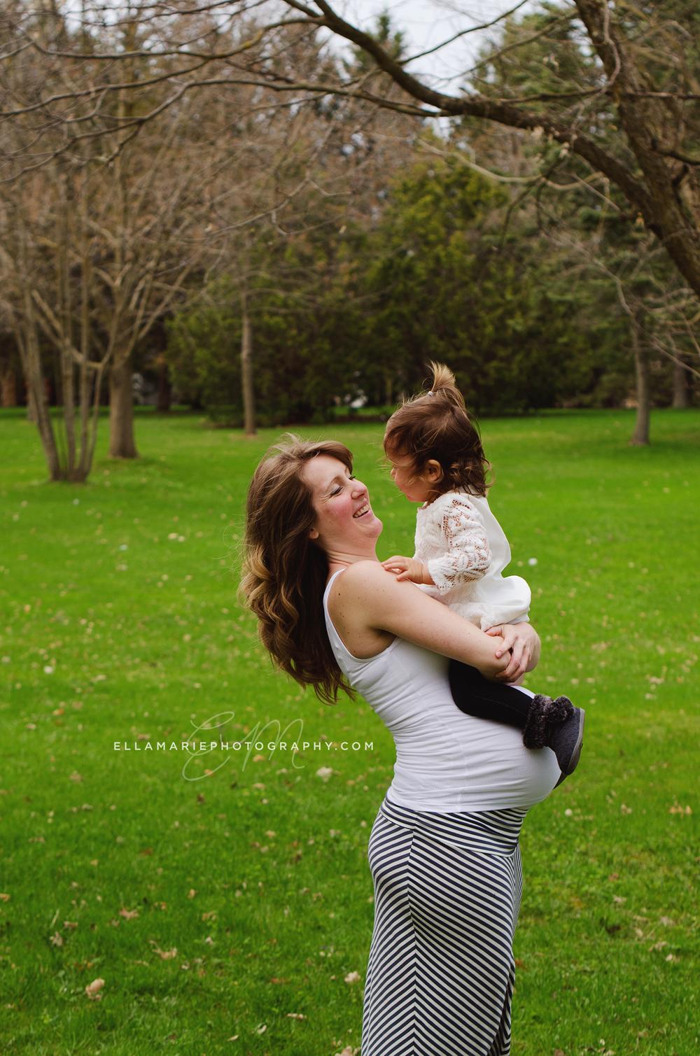 EllaMariePhotography_maternity_baby_infant_Baden_ON_New_Hamburg_Stratford_Waterloo_Kitchener_Guelph_Cambridge_Listowel_photographer_photography_36.jpg