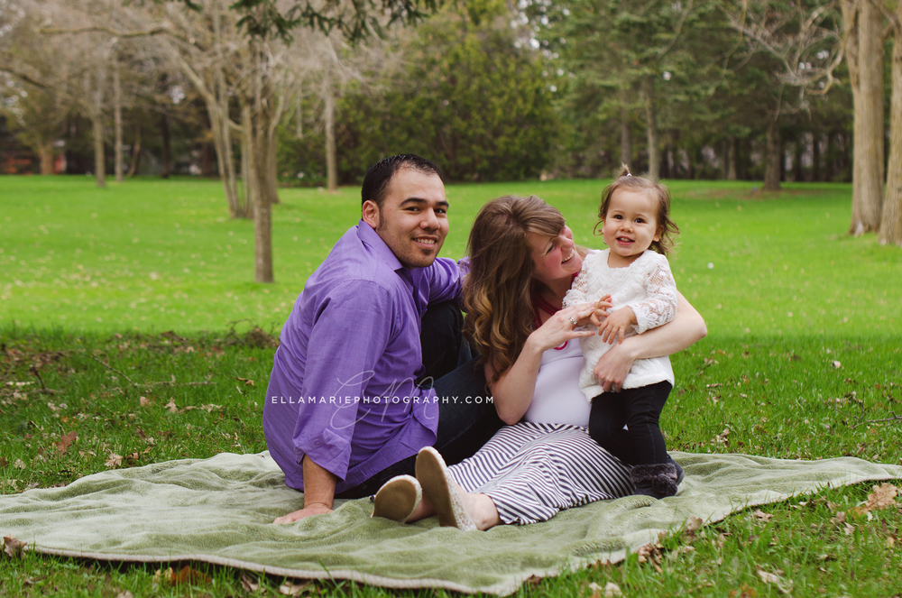 EllaMariePhotography_maternity_baby_infant_Baden_ON_New_Hamburg_Stratford_Waterloo_Kitchener_Guelph_Cambridge_Listowel_photographer_photography_41.jpg