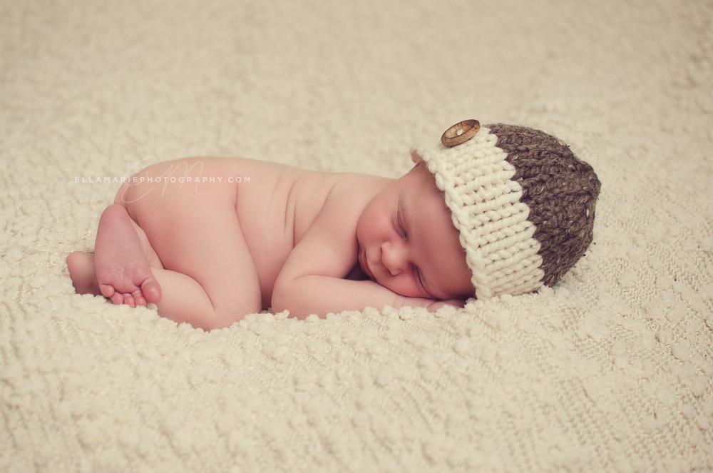EllaMariePhotography_newborn_baby_infant_Baden_ON_New_Hamburg_Stratford_Waterloo_Kitchener_Guelph_Cambridge_Listowel_photographer_photography_14.jpg