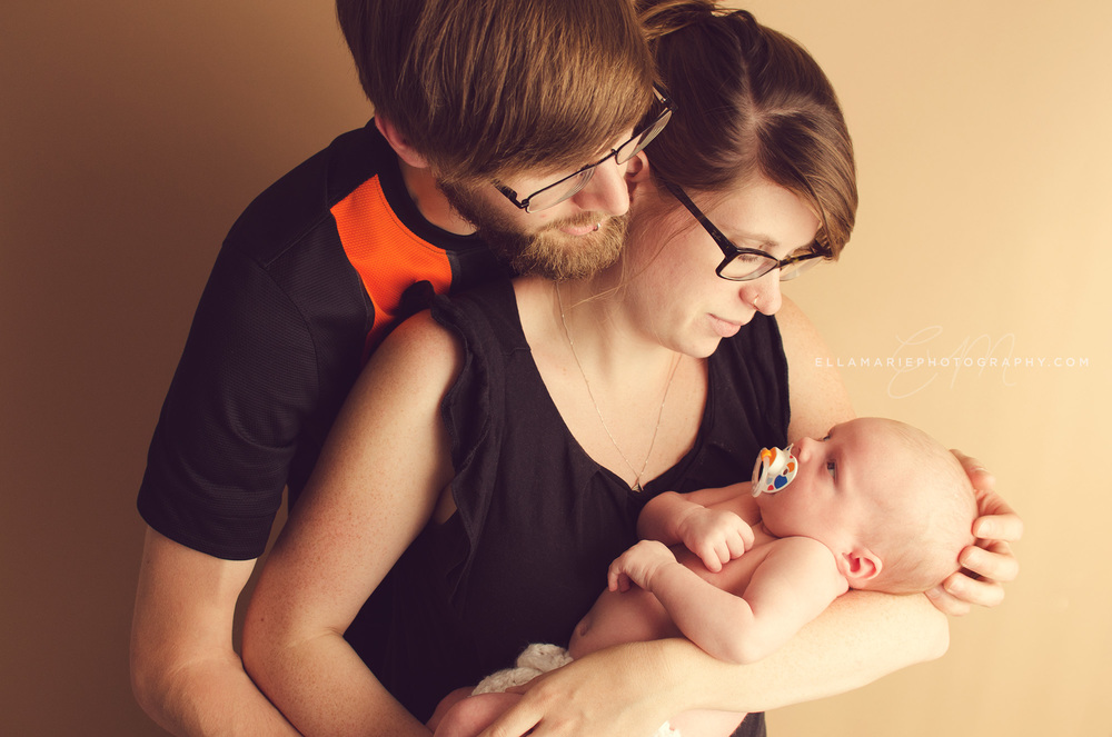 EllaMariePhotography_newborn_baby_infant_Baden_ON_New_Hamburg_Stratford_Waterloo_Kitchener_Guelph_Cambridge_Listowel_photographer_photography_22.jpg
