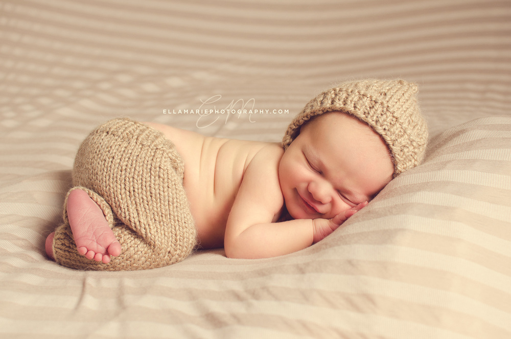 EllaMariePhotography_newborn_maternity_baby_infant_Baden_ON_New_Hamburg_Stratford_Waterloo_Kitchener_Guelph_Cambridge_Listowel_photographer_photography_03.jpg