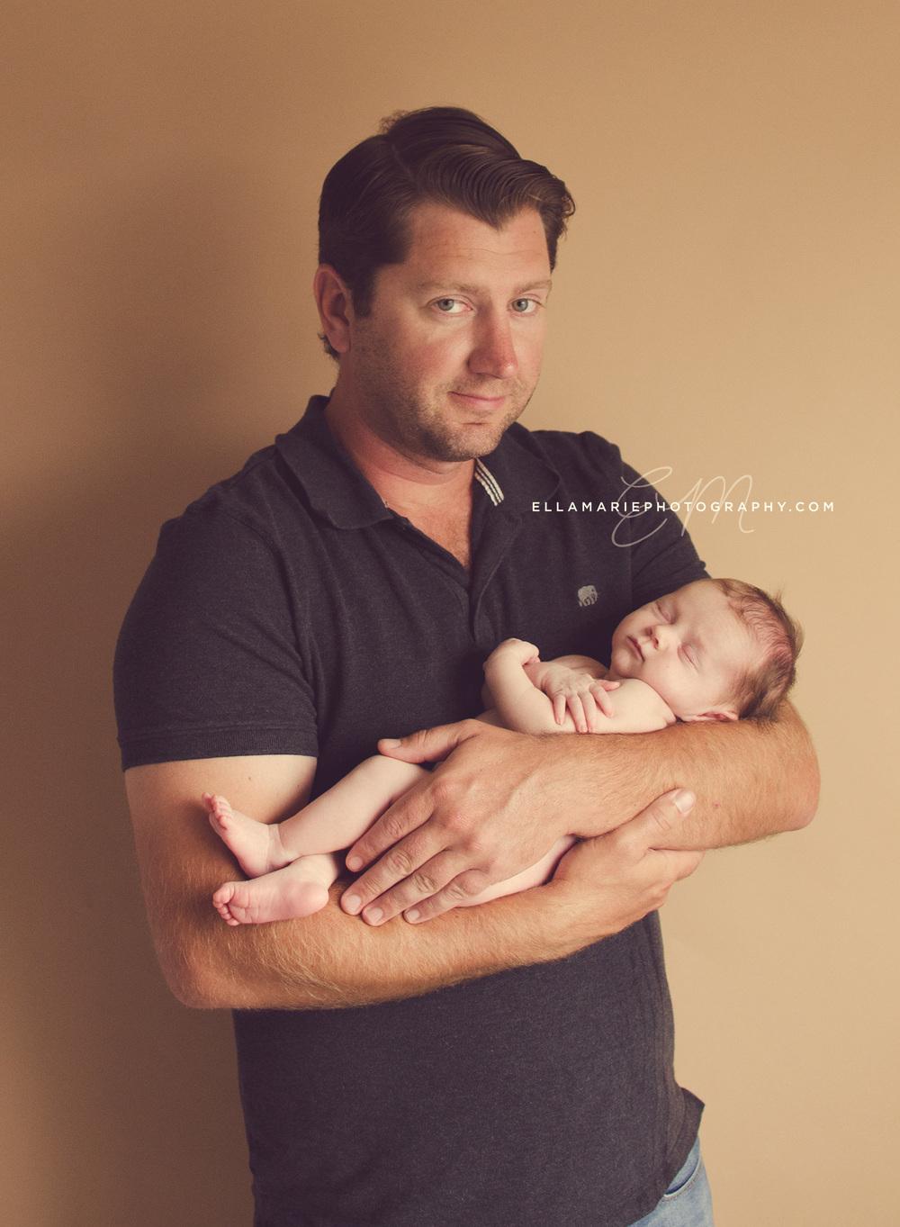 EllaMariePhotography_newborn_maternity_baby_infant_Baden_ON_New_Hamburg_Stratford_Waterloo_Kitchener_Guelph_Cambridge_Listowel_photographer_photography_07.jpg
