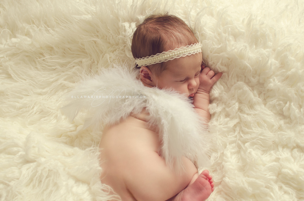 EllaMariePhotography_newborn_maternity_baby_infant_Baden_ON_New_Hamburg_Stratford_Waterloo_Kitchener_Guelph_Cambridge_Listowel_photographer_photography_20.jpg