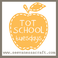 Tot-School-Tuesdays-Button-11-1