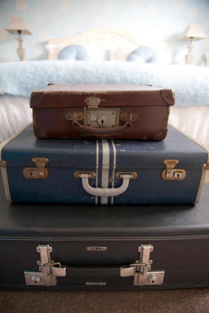 VintageSuitcases.jpg
