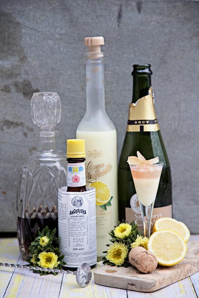 lemon cheesecake cocktail caketail.jpg
