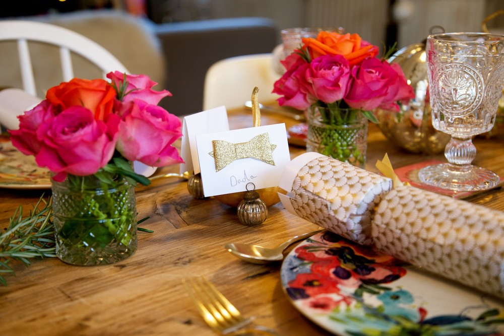 floral christmas table