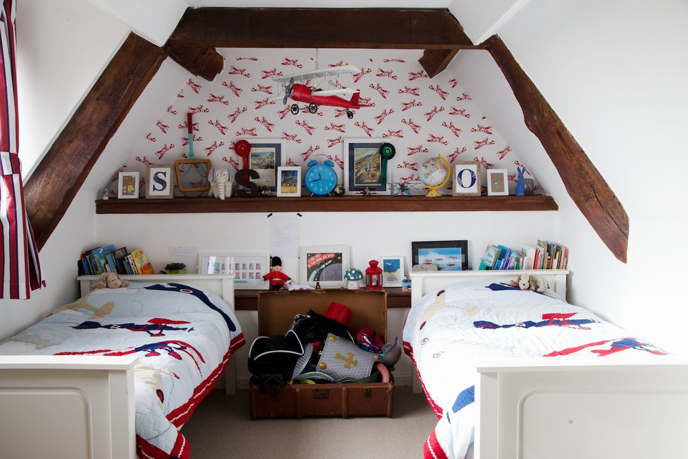 aeroplane bedroom