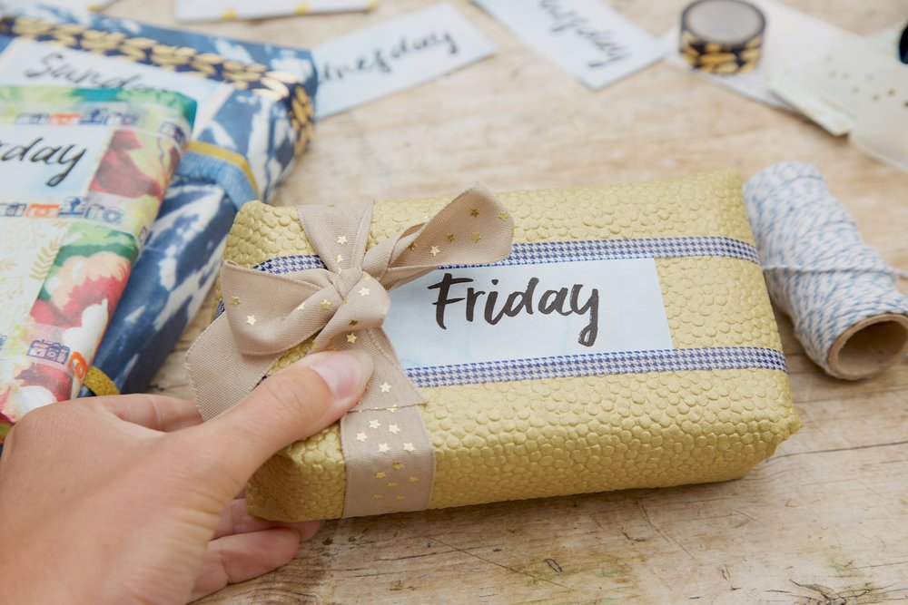 beautiful gift wrap ideas.jpg