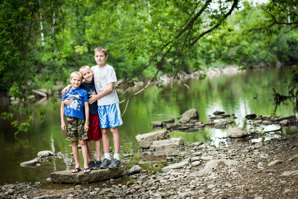 Stories Framed Photography | Wauwatosa Family Photographer | family and child outdoor session | brothers in creek