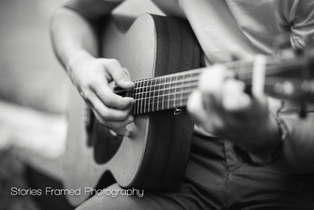 Wauwatosa-Senior-Photography-Tosa-West-Jacob-guitar-03