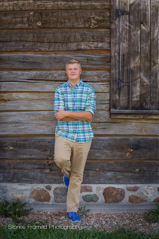 Nathan-Muskego-classof2017-seniorportraits-02.jpg
