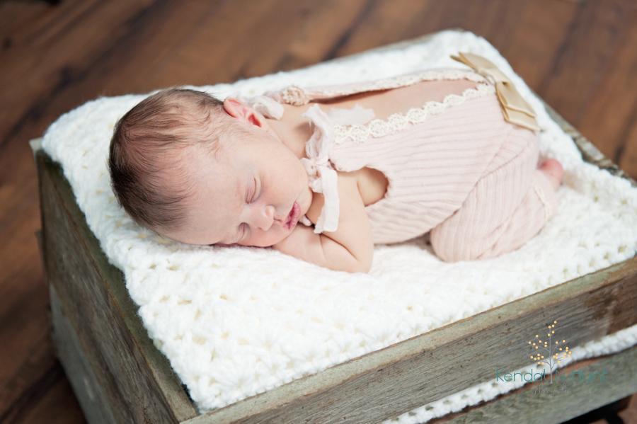Newborn_Aria_Baby012.jpg