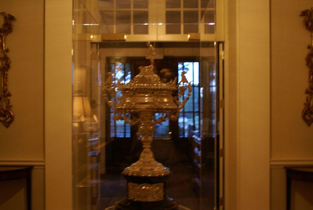 EL trophy.jpg