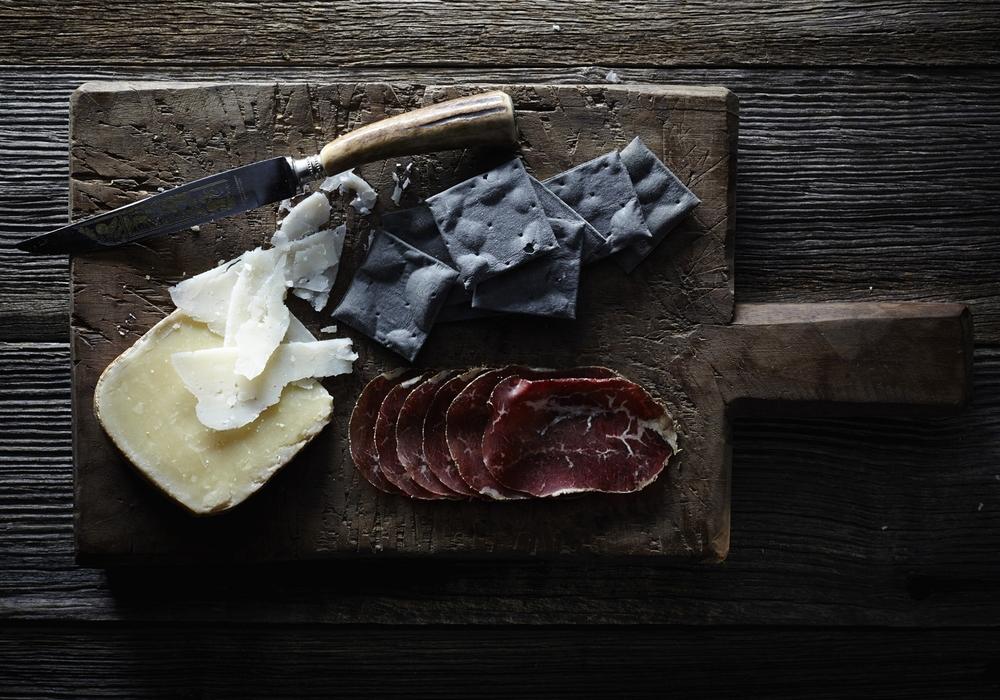 Cheese-cracker-meat-1500px.jpg